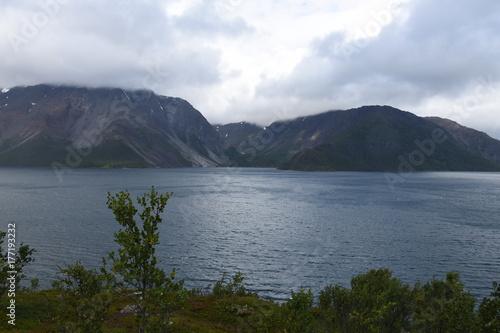 Wallpaper Mural Norwegen, Norge, Alta, Altafjord, Fjord, Langfjorden, Langenesholmen, Insel, Bun