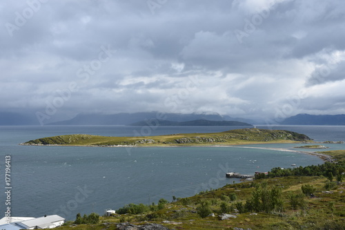 Obraz na płótnie Norwegen, Norge, Alta, Altafjord, Fjord, Langfjorden, Langenesholmen, Insel, Bun