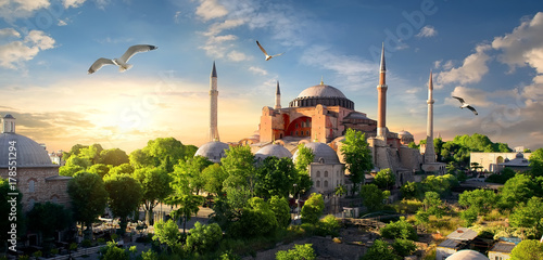 Valokuvatapetti Hagia Sophia at sunset