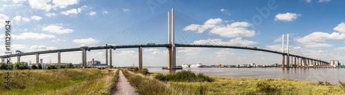Платно QEII Bridge over the River Thames