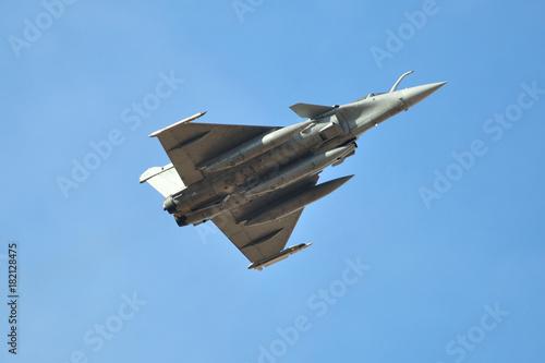 Canvas Print Fighter plane dassault rafale taking off