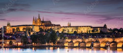 Fotografie, Obraz Prague castle in sunset