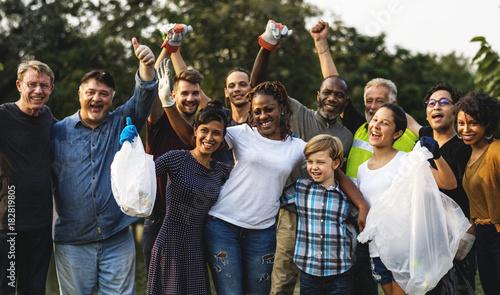 Billede på lærred Group of diversity people volunteen charity project