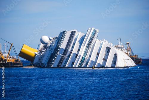 Canvas-taulu dead ship