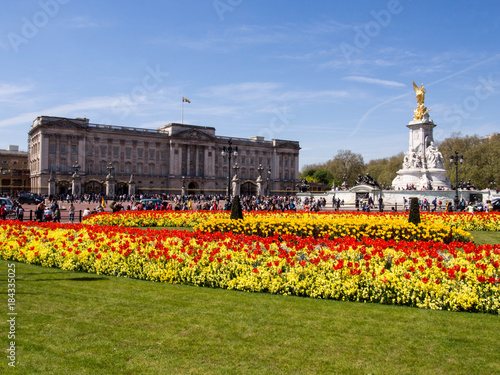 Canvas Print Buckingham palace and Victoria Memorial Statue, London, England