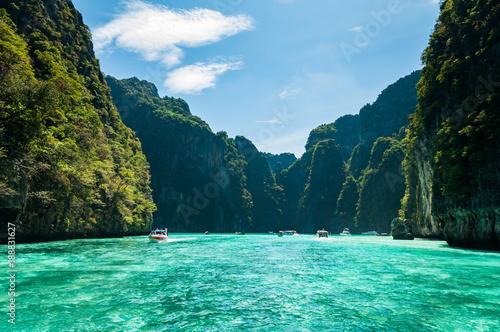 фотография Koh Phi Phi Lee island in Krabi province, Thailand.