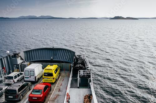 Obraz na płótnie Ferry that transports cars