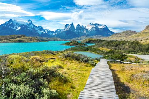 Fotografie, Tablou Pehoe lake and Guernos mountains beautiful landscape, national park Torres del P