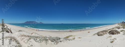 Fotografiet Panorama von Doplhin Beach