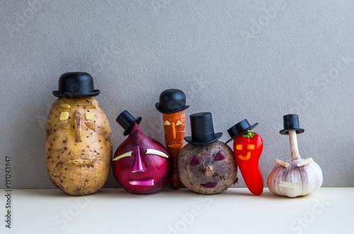 Платно Mister potato red onion beetroot garlic pepper carrot