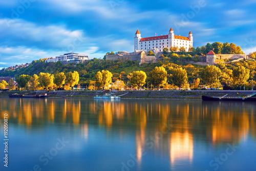 Canvas Print Bratislava historical center with the castle over Danube river, Bratislava, Slov
