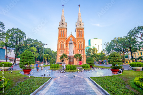 Slika na platnu Notre-Dame Cathedral Basilica of Saigon, Vietnam