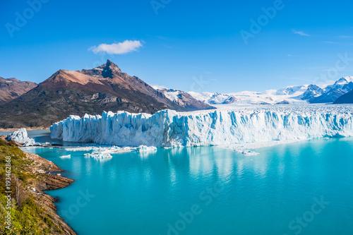 Panorama of glacier Perito Moreno in Patagonia Fototapet