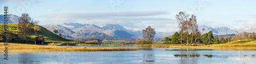 Canvas Print Wise Een Tarn panorama (Lake District)
