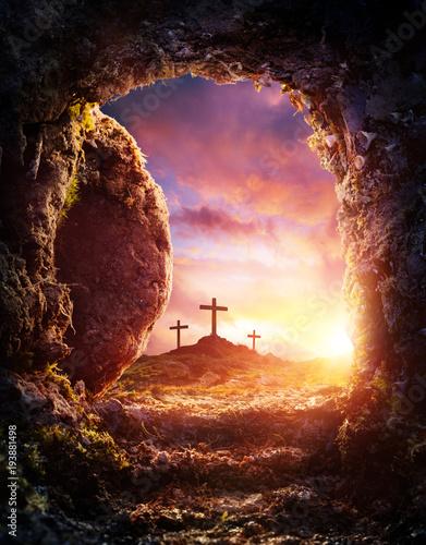 Fotografia Empty Tomb - Crucifixion And Resurrection Of Jesus Christ