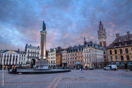 Vászonkép Grand place de Lille au crépuscule