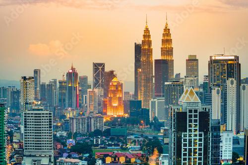 Photo Kuala Lumpur, Malaysia. Sunset skyline