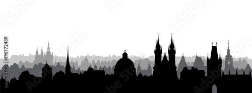 Fototapeta premium Miasto Praga, Czechy. Widok na panoramę. Pejzaż miejski z charakterystycznym budynkiem katedry.