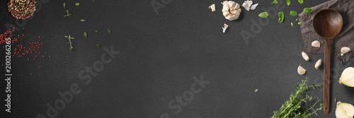 Küche und Kochen - klassische Zutaten - Banner / Hintergrund