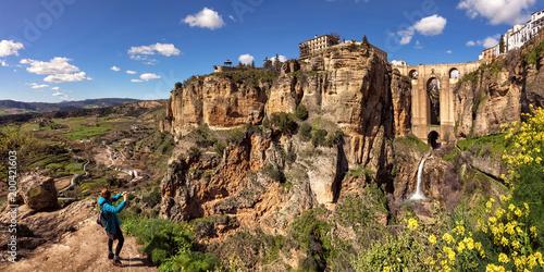 Fotografia Puente Nuevo and the Cliffs of El Tajo Gorge, Ronda, Spain