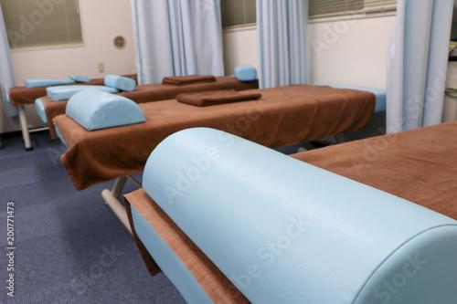 Canvastavla 病院・治療院のベッド