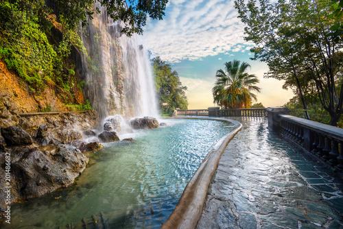 Photo Waterfall in Parc de la Colline du Chateau