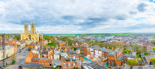 Canvas Print Aerial view of the lincoln cathedral, England