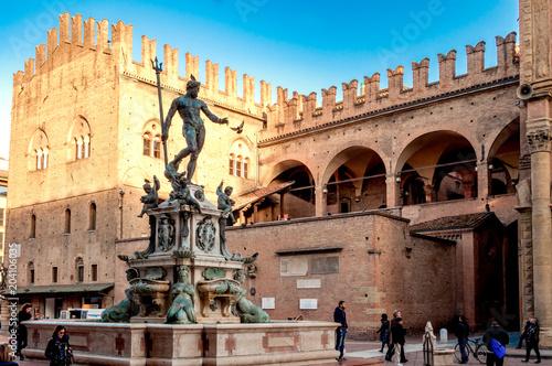 Canvas Print Neptune fountain in the Piazza Maggiore in Bologna, Italy
