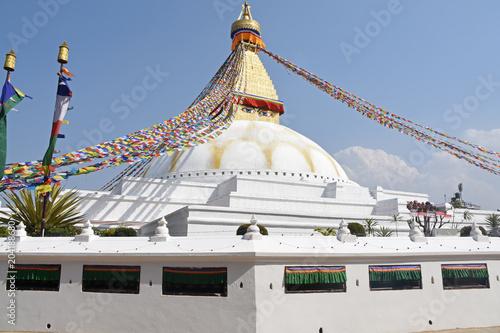 Photo Boudhanath Stupa and praying mills, Kathmandu, Nepal