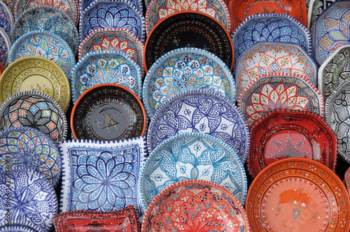 Tableau sur Toile Maghreb ceramics on display in the Iseo Country Fair - Lombardy - Italy 125