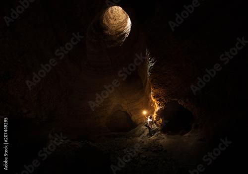 Foto Luz en la cueva