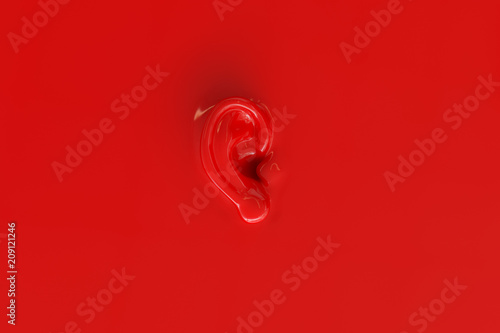 Carta da parati An ear as background in red lacquer look - 3D Rendering