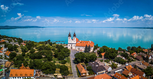 Obraz na plátně Tihany, Hungary - Aerial panoramic view of the famous Benedictine Monastery of T