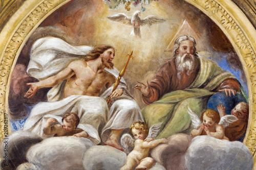 Obraz na płótnie PARMA, ITALY - APRIL 16, 2018: The ceiling freso of The Holy Trinity in church Chiesa di Santa Croce by Giovanni Maria Conti della Camera (1614 - 1670)