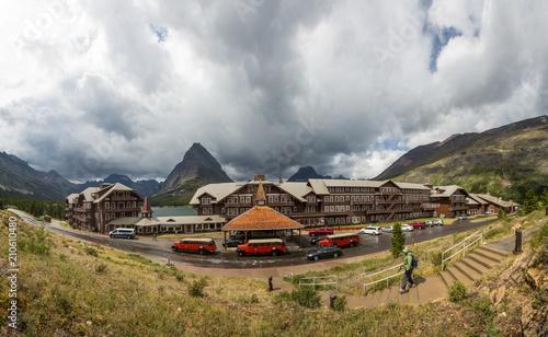 Fotografie, Obraz Historic Many Glaciers resort in Glacier national park