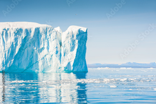 Big icebergs in Ilulissat icefjord, Greenland Fototapete