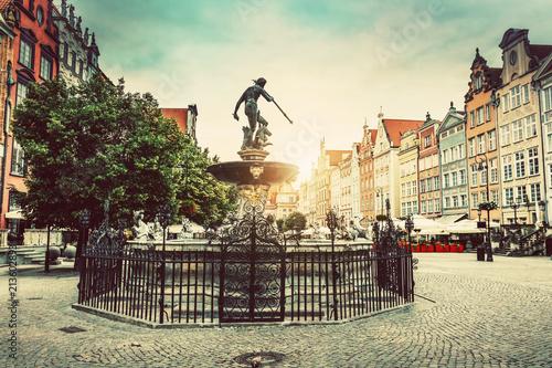 Fotografia Neptune's fountain in the Old Town of Gdansk.