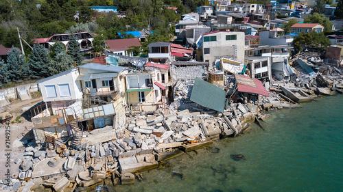 Slika na platnu The destroyed house after the earthquake on the seashore