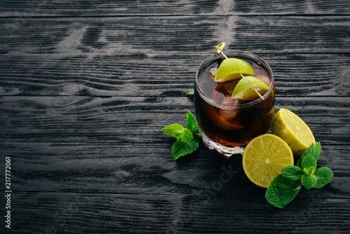 Fotografie, Obraz Cuba libre cocktail glass
