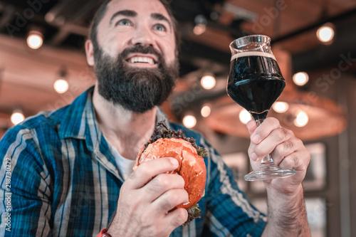 Obraz na płótnie Man with beer