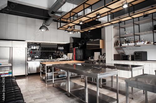 Obraz na płótnie Interior of professional kitchen in restaurant
