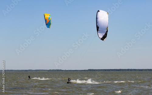 Kite-Surfer auf dem Bodden