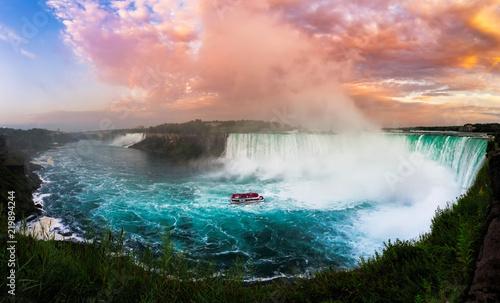 Fotografia Niagara Falls at Sunset