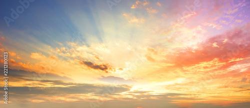 Obraz na plátne Celestial World concept:Sunset / sunrise with clouds