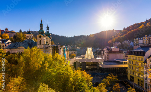 Fotografia Autumn view of old town of Karlovy Vary (Carlsbad), Czech Republic, Europe