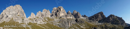 Photographie Idyllic view of Adamello Brenta National Park, South Tyrol / Italy