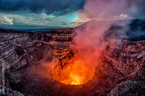 Slika na platnu Masaya Volcano crater with burning lava and smoke