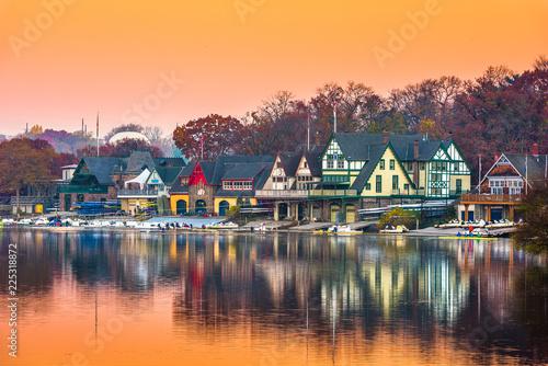 Photo Philadelphia, Pennsylvania, USA Boathouse Row