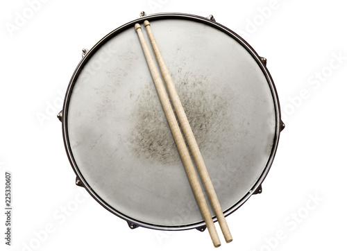 Billede på lærred Old snare drum with drumsticks top view isolated on white