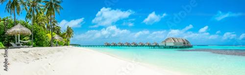 Fotografia, Obraz Overwater bungalow in the Indian Ocean